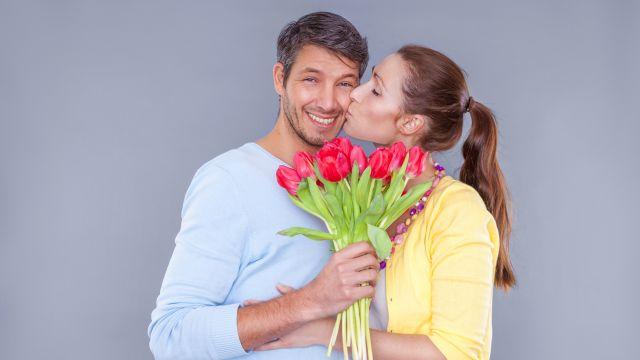 11 Razones por las que Debes de Regalar Flores a tu Novio