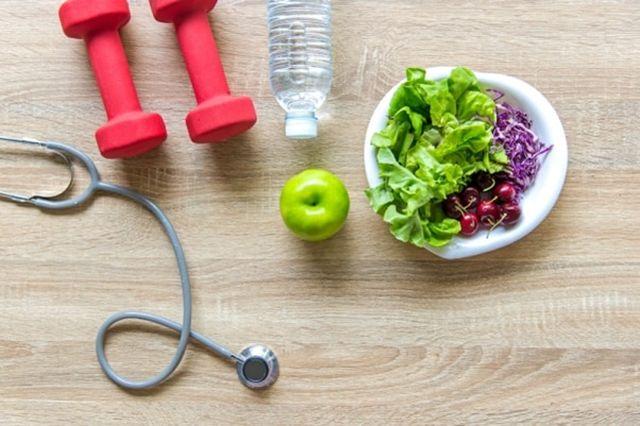 A su salud: entre mente y huesos