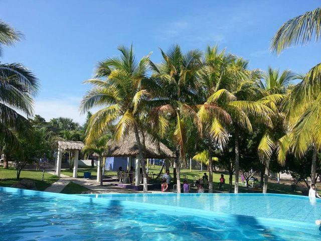 Balneario de Aguas Termales Zenemy Veracruz