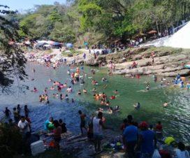 Balneario Río Blanco Ixtacomitán Chiapas