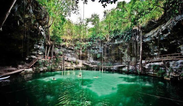 Cenote Xcanché Ek Balam Yucatán
