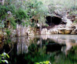Cenote X'tojil Yaxcabá Yucatán