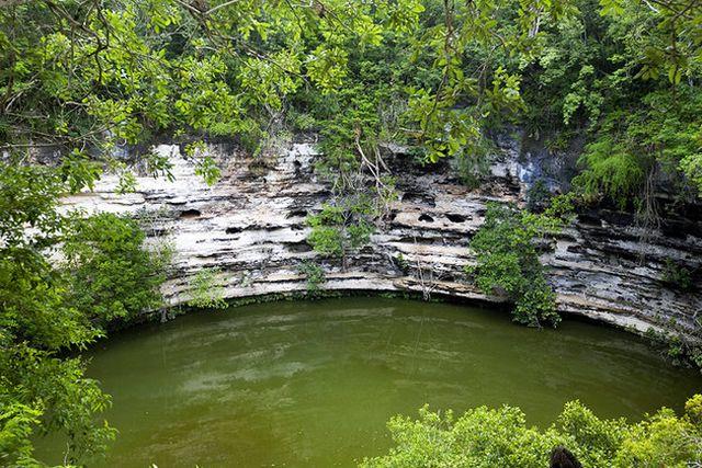 El Cenote Sagrado Xtoloc Yucatán
