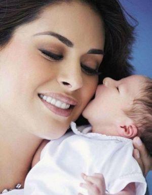 Fotos de Galilea Montijo y su bebé Mateo
