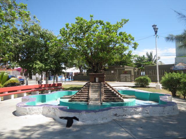 Hermosa Fuente en el Centro de Puerto Morelos