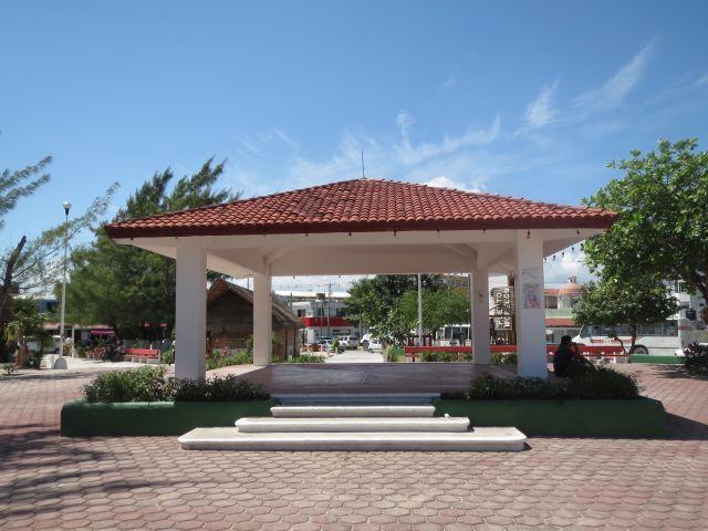 Kiosco en el Centro de Puerto Morelos