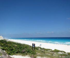 Mar Sol y Arena Playa Delfines Cancún