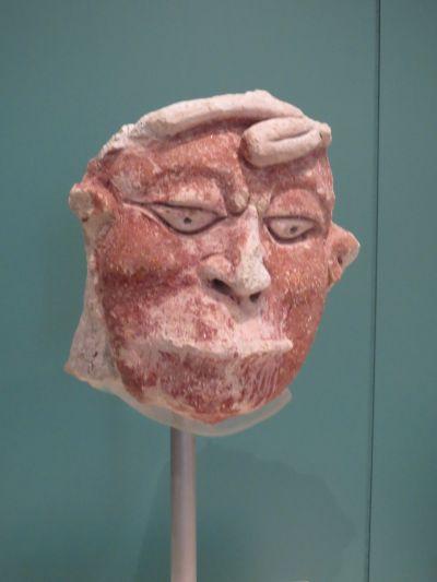 Máscara Maya de Piedra en el Museo Maya de Cancún