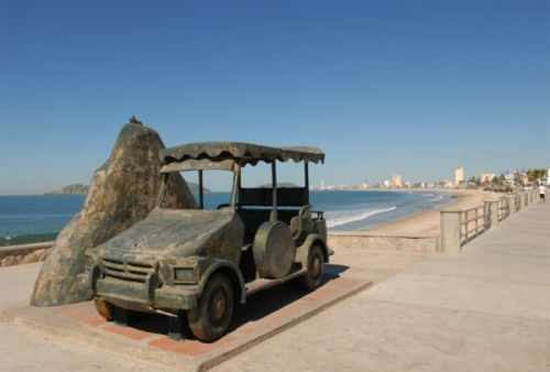 Monumento a la Pulmonía Mazatlán