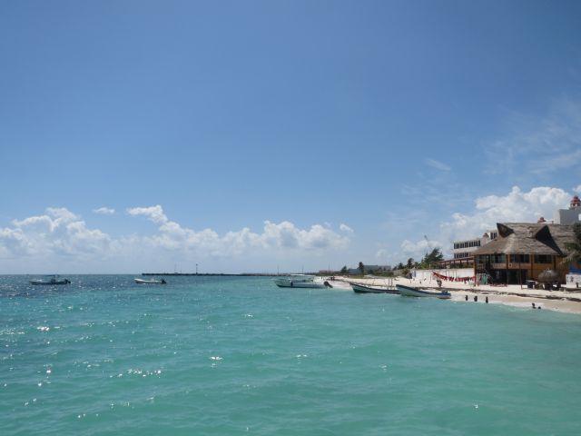 Muelle y Embarcaciones en Puerto Morelos