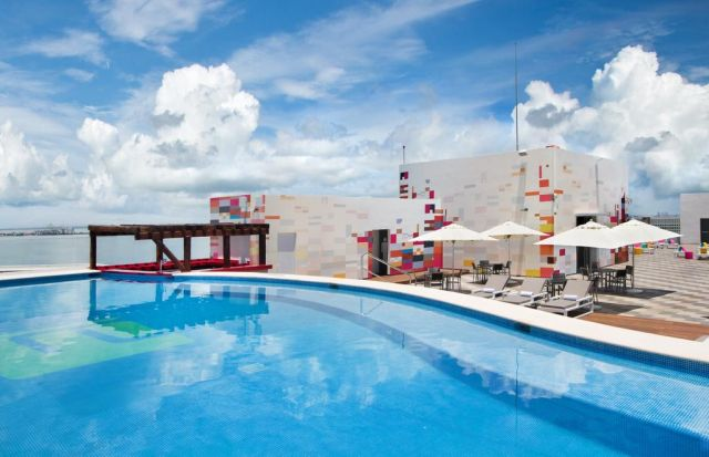 Pet Friendly Hotel Aloft Cancún