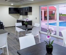 Pet Friendly Hotel Candlewood Suites Querétaro Juriquilla