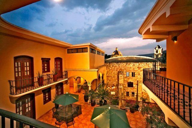 Pet Friendly Hotel CasAntica Oaxaca