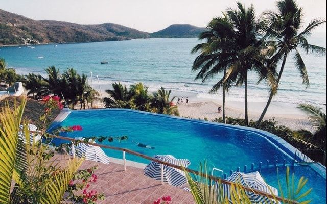 Pet Friendly Hotel Catalina Beach Resort Zihuatanejo