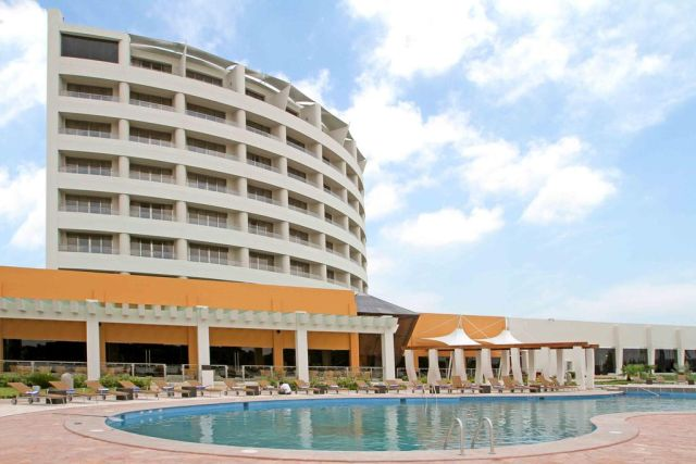 Pet Friendly Hotel Crowne Plaza Tuxpan