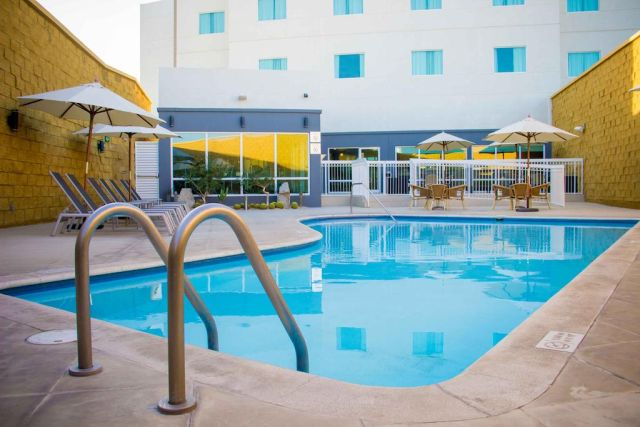 Pet Friendly Hotel Fairfield Inn By Marriott Los Cabos