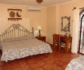 Pet Friendly Hotel Hacienda Del Sol Tonalá