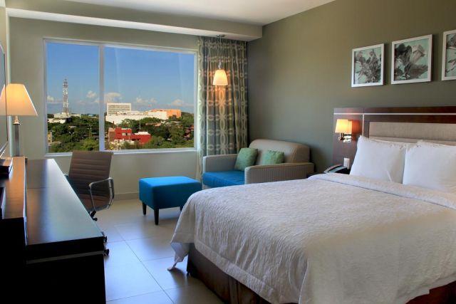 Pet Friendly Hotel Hampton Inn by Hilton Villahermosa