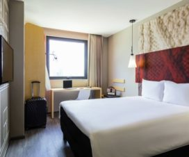 Pet Friendly Hotel Ibis Tijuana Zona Rio