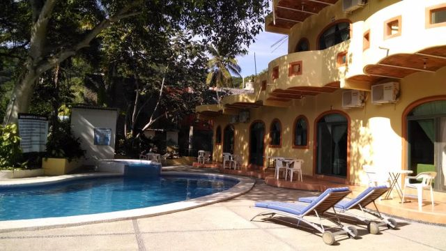 Pet Friendly Hotel Manglar Pacific Rincón de Guayabitos