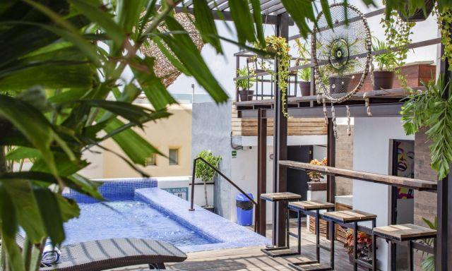 Pet Friendly Hotel Maui Suites Playa del Carmen