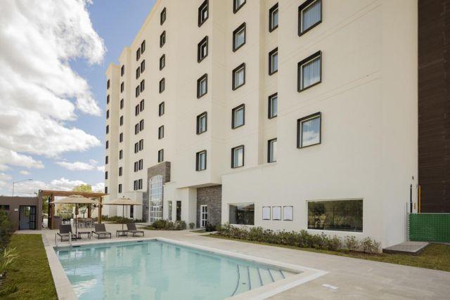 Pet Friendly Hotel Staybridge Suites Saltillo
