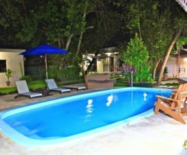 Pet Friendly Hotel Villas Bambú by Isa Chetumal