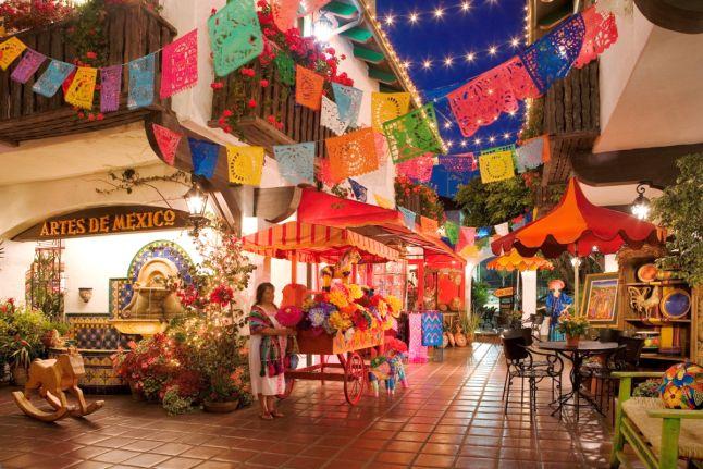 Playas y Ciudades Encantadoras en México