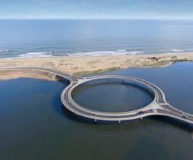 Puente de Laguna Garzón Único Puente Flotante con Forma de Anillo en el Mundo